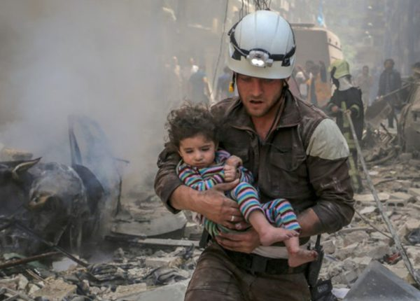 white-helmets-ft